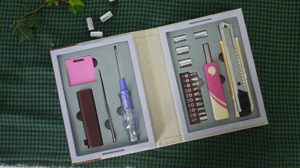 家庭常用工具箱